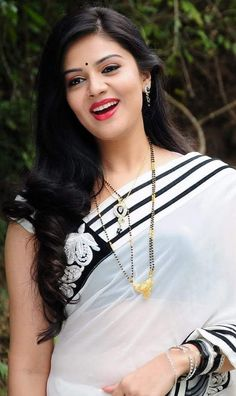 Sundar Ladkiyon Ki Photo