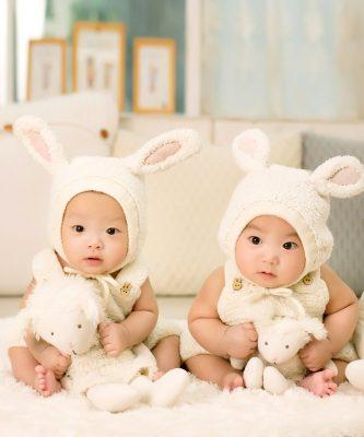 सुंदर छोटे बच्चों की फोटो वॉलपेपर इमेजेस डाउनलोड